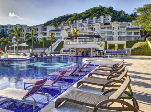 beach-resort-guanacaste